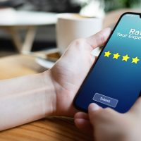customer rating business on smartphone